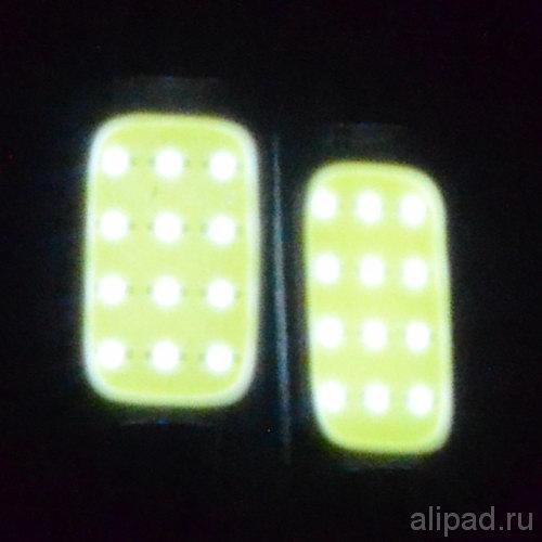 12 светодиодов